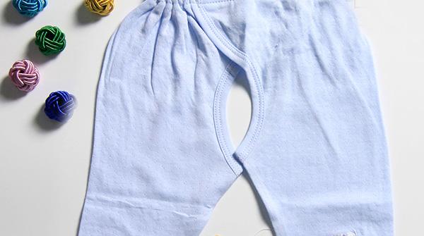 宝宝不宜穿开裆裤