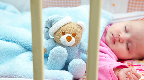 小宝宝睡眠环境三不宜
